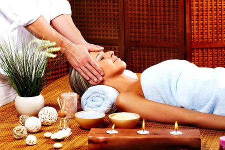 dayspa: Spa massage.