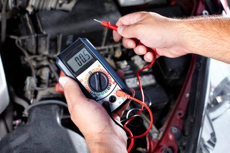 auto shop: Auto mechanic