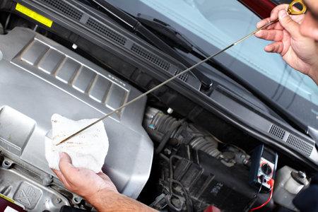 La réparation automobile.