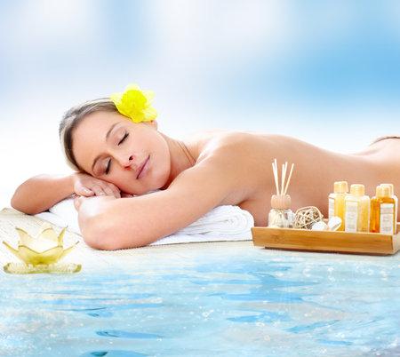 holistic care: Spa massage.