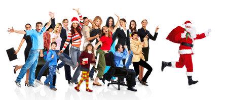 ni�o corriendo: Ejecuci�n de Santa Claus y un grupo de gente feliz.
