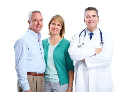 medico con paciente: M�dico y paciente pareja de ancianos. Foto de archivo