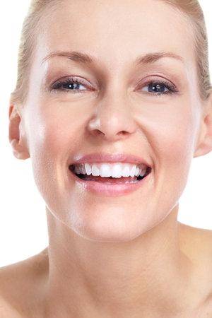 aseo personal: Hermosa mujer. Sonrisa y dientes.