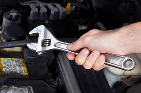 herramientas de mecánica: Auto servicio