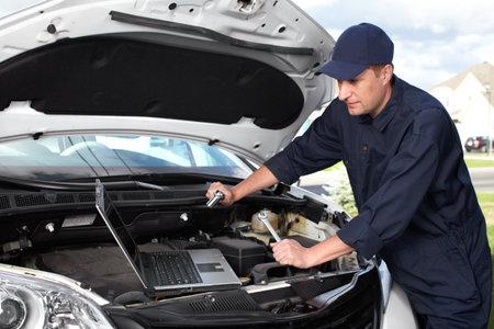 auto mechanic: Car mechanic