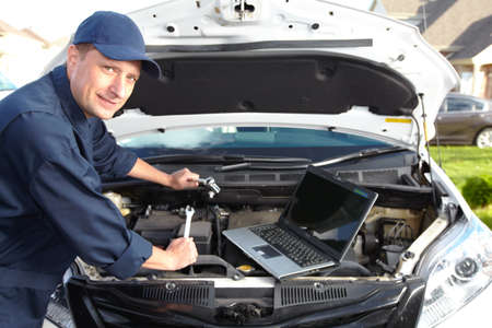 car service: Car mechanic