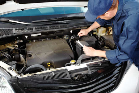automobile workshop: Professional auto mechanic