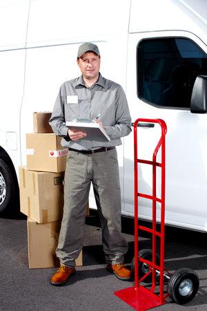 dolly: Consegna uomo servizio postale Archivio Fotografico