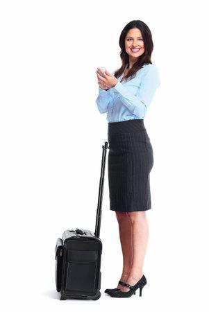 mujer con maleta: Mujer de negocios con una maleta aislada sobre fondo blanco. Foto de archivo