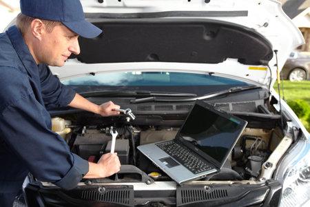 service car: Car mechanic