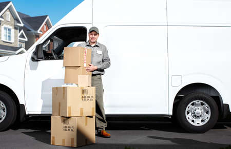 mover: Delivery postal service man