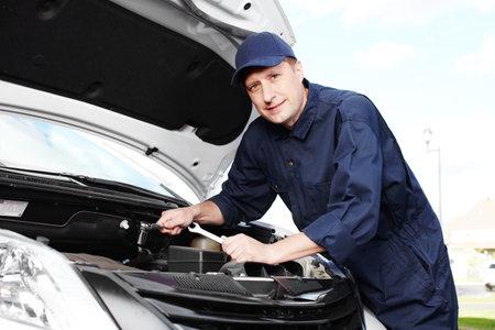 Professional auto mechanic Stock Photo - 16619501