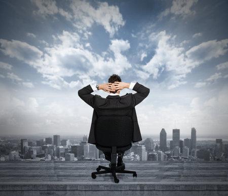 so�ando: Relajante empresario