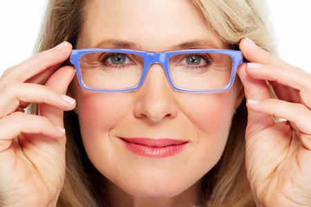 Hermosa mujer senior llevando gafas Vision Foto de archivo - 20311914