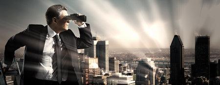 Businessman with binoculars. Search concept. 版權商用圖片 - 22724359