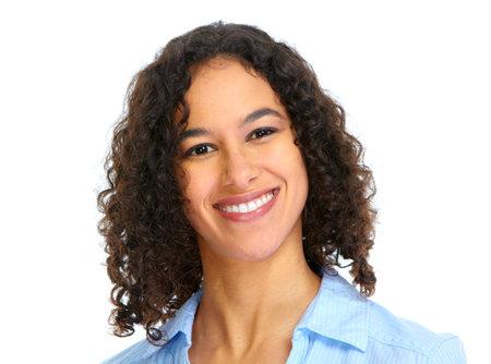 女性の顔に笑みを浮かべてください。