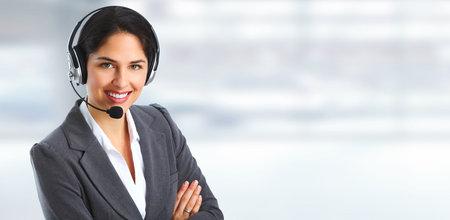 Vrouw met headsets