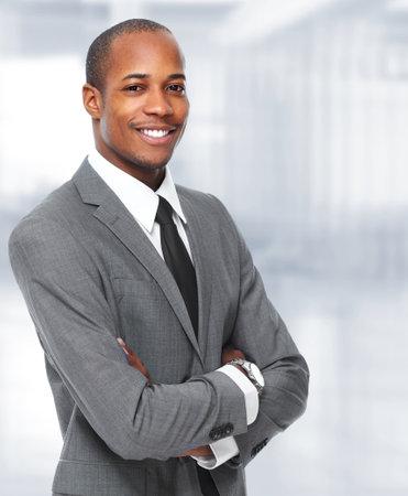 Hombre de negocios negro afroamericano.