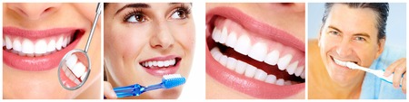 Teeth with toothbrush. Banque d'images