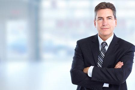Knappe stijlvolle zakenman. Boekhoudkundige en financiële zaken.