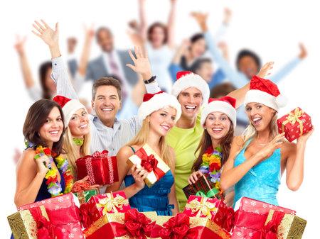 Happy lachende Kerst mensen menigte met geschenken. Xmas partij. Stockfoto
