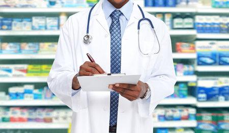 アフリカ系アメリカ人の医者の男。保健医療の背景。 写真素材