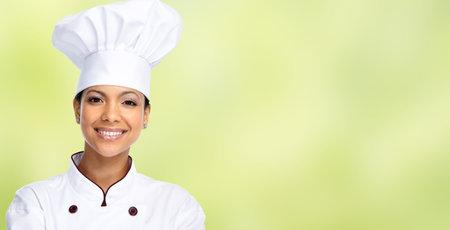 Sourire asiatique femme chef. Alimentation et concept de régime alimentaire.