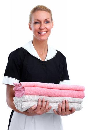 Uśmiechnięta kobieta służąca Pojedynczo na białym tle.