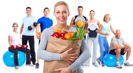 フィットネスの人々 のグループ。健康的なライフ スタイルのコンセプト。