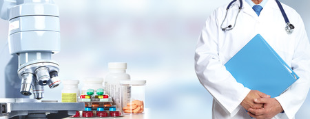 Doctor handen. Medische zorg onderzoek concept achtergrond.