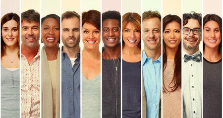 felices grupo de personas que sonríe. colección de hombres y mujeres ocasional Foto de archivo - 65957694