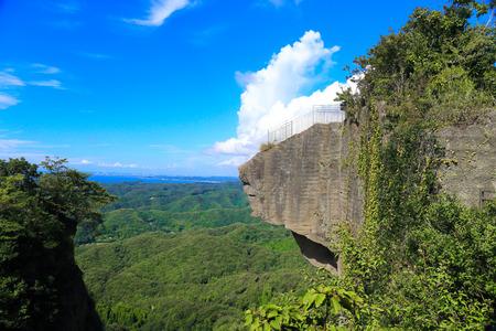 日本 (3) のぞき地獄の崖