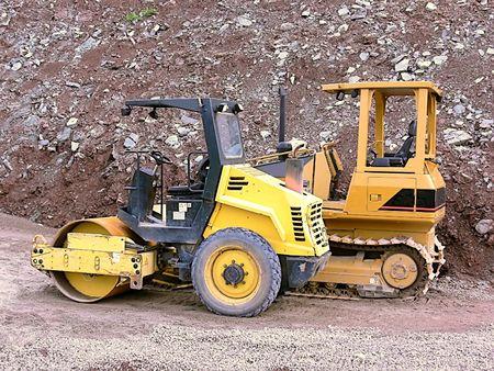 compactor: Bulldozerr and compactor  40197