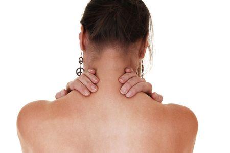 Eine Frau mit ihr zurück auf die Kamera und ihren Hals zu lindern den Schmerz in Ihrem Hals und Schulter-massage.  Standard-Bild - 8174416