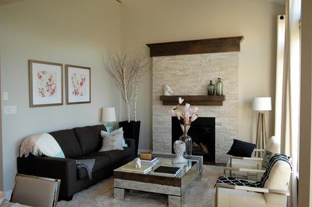 #32878739   Eine Kleine Moderne Wohnzimmer In Einem Modell Zu Hause In  Ottawa, Kanada.