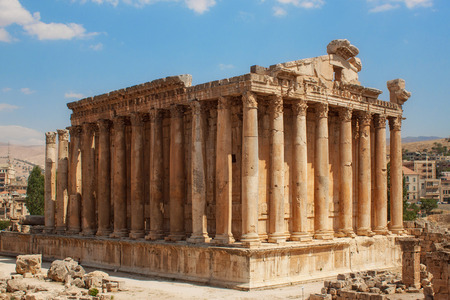 Bacchus temple at the Roman ancient ruins of Baalbek, Lebanon Reklamní fotografie - 62927599