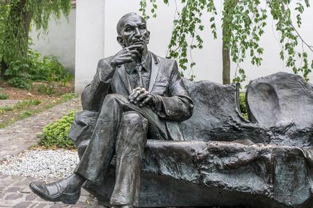 remuh: POLAND, KRAKOW - MAY 27, 2016: Statue of polish diplomat Jan Karski in the Kazimierz Jewish district of Krakow. Near to the Remuh Synagogue. Editorial