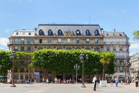 PARIS, FRANCE - JUNE 23, 2017: Old historical buildings on Place de l'Hotel de Ville (City Hall Plaza, or, before 1802, the Place de Greve) in central part of Paris at summertime. Editoriali