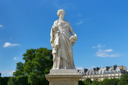View of the marble sculpture La Comedie (1875) by Julien Toussaint Roux in the Tuileries Park, Paris, France. Éditoriale