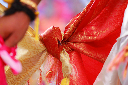 Hindu wedding knot tied Banque d'images