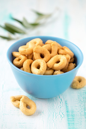Taralli - traditional Italian snack food typical of Apulia regional cuisine Lizenzfreie Bilder
