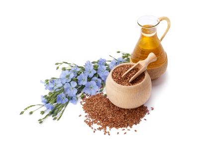 Leinöl, Leinsamen und Blumen, die isoliert auf weißem Hintergrund Standard-Bild - 45320649
