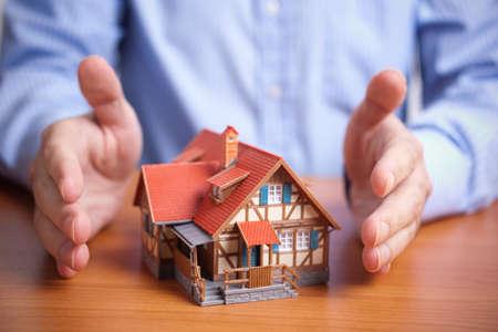property insurance: Protecci�n (nacionales Seguros de propiedad Concept)