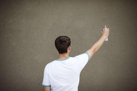 Graffiti Artist with Copyspace Standard-Bild