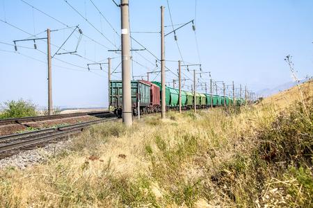 Rail way with posts for jelektrooezda