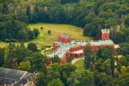 Nechanice, Czechia - 08/25/2019: Aerial view of Hrádek u Nechanic castle near Hradec Králové city. 新闻类图片
