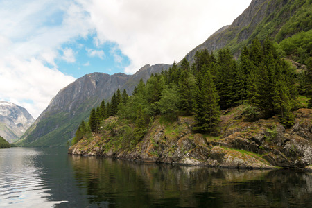 scandinavian peninsula: Mountains on the Sognefjord