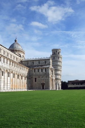 miracle square: The Cathedral and The Leaning Tower of Pisa at the Miracle Square. Italy