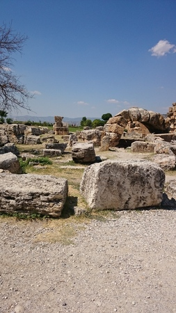 Ruins and ruins of the ancient city, Hierapolis near Pamukkale, Turkey Stockfoto