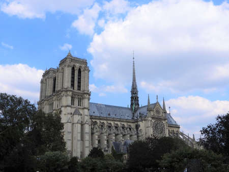 Notre Dame, the most beautiful Cathedral in Paris. View from the river Seine, France 免版税图像